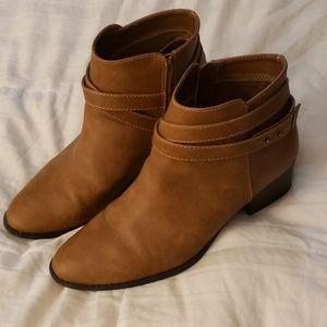 Lauren Conrad booties size 10M